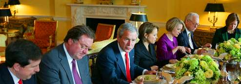 George W. Bush lunching with Tim Russert and other media types; January 28, 2008